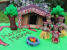 Maori Village Set