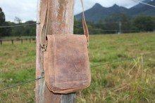 Man Bag Hunter Leather IN-AE-FA116